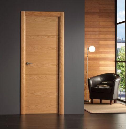 Puerta interior moderna base roble o haya for Puertas modernas interior precios