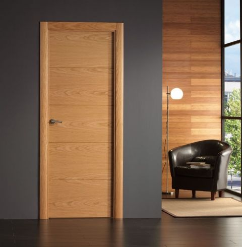 Puerta interior moderna base roble o haya for Precio puertas interior