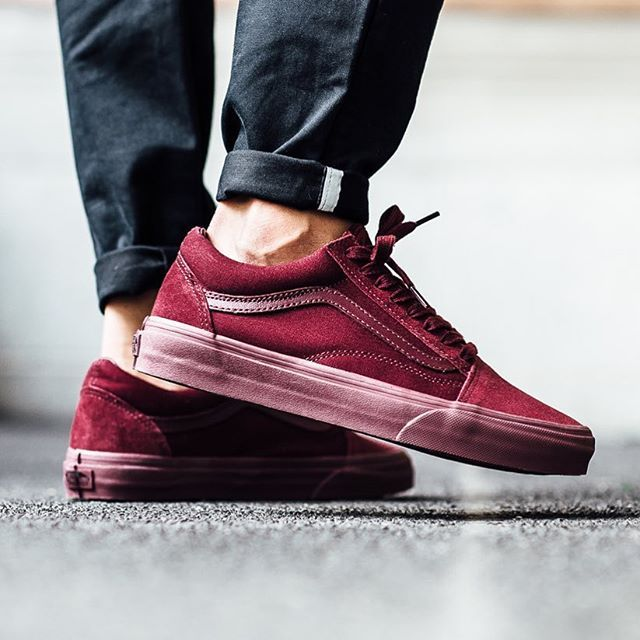 beb14f802f Vans Old Skool  Mono   Port Royale Más