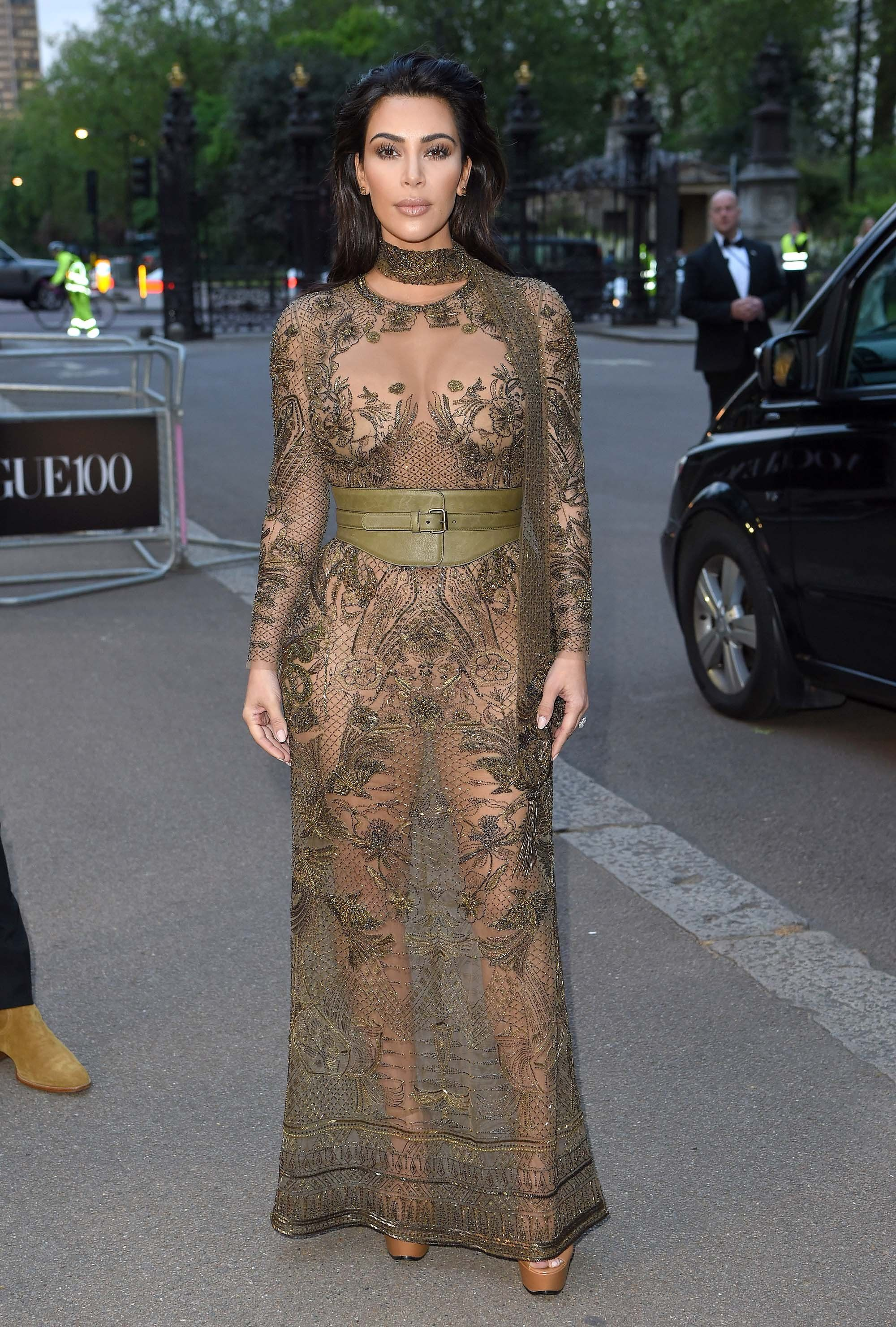 7907e181a3 Kim Kardashian West Pulls Off the Barely There Dress With Elegance ...