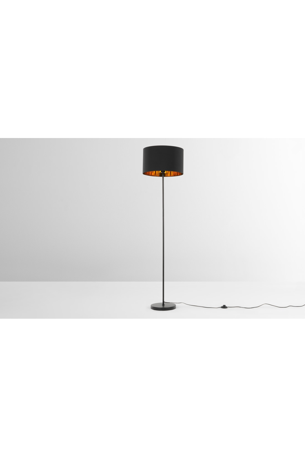 Made Stehlampe Kupfer Copper Floor Lamp Black Floor Lamp