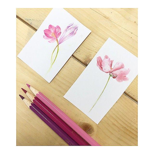 : flowers 🌸...#tattooistbanul #tattoo #tattooing #tattoodesign #tattoomagazine  #flowerdrawing #flower #tattooart #inkstinctsubmission #tattooinkspiration #타투이스트바늘 #타투 #꽃 #꽃타투
