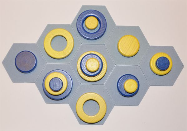 Constructo.  Constructo is an abstract board game for two players design by Santiago Eximeno, fifteen minutes duration. 2013 Granollers game contest award. #boardgames #illustration #cardgames #games #crowdfunding #inventurecloud