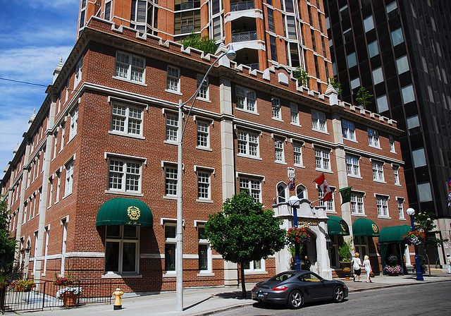 ArgyleEmpire: Destination Toronto: Windsor Arms Hotel ~ Click the picture for the blog post by Cranberry + new pinterest board in honor of Toronto:  http://pinterest.com/randomcran/toronto/  Astrogeo position: in the highly magnetic royal fire sign Leo indicator of personal emotionality, pleasure and sexuality with the earth sign Taurus the sign of local centers, market places and enjoying food. Constellation for a luxury and pleasure orientated town center accomodation.
