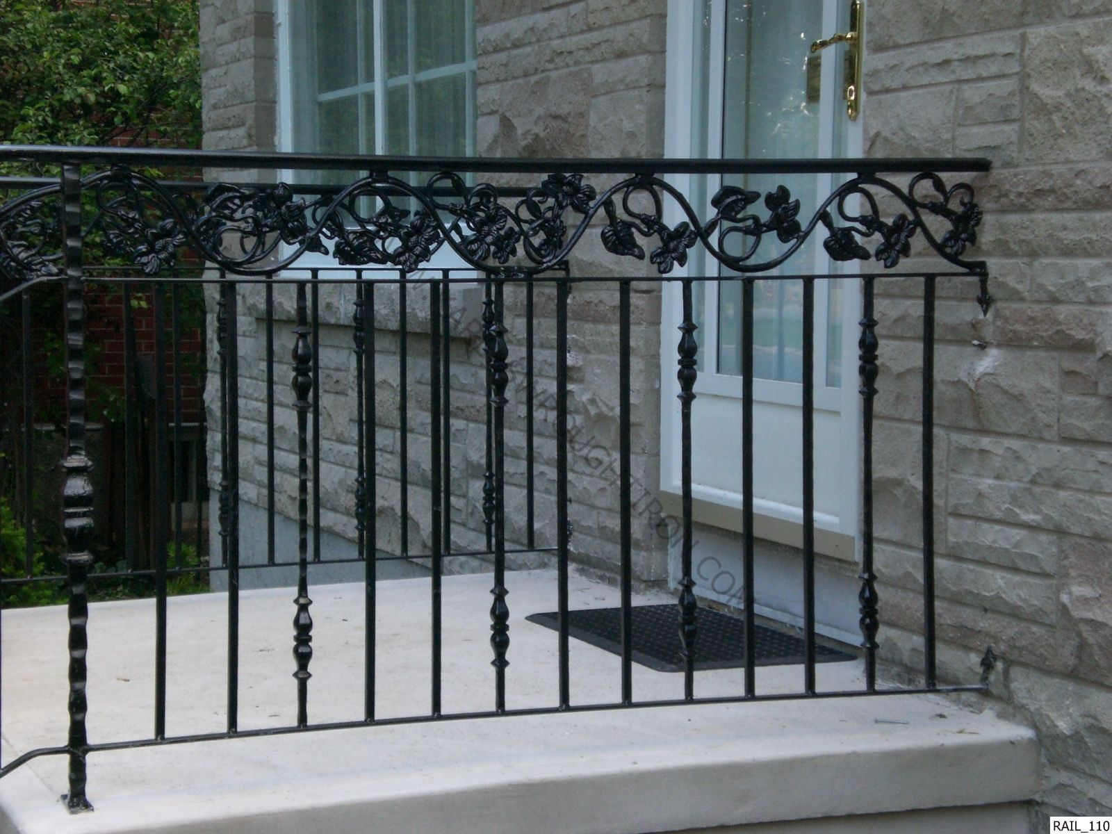 Clean The Decorative Wrought Iron Railing Wrought Iron Railing