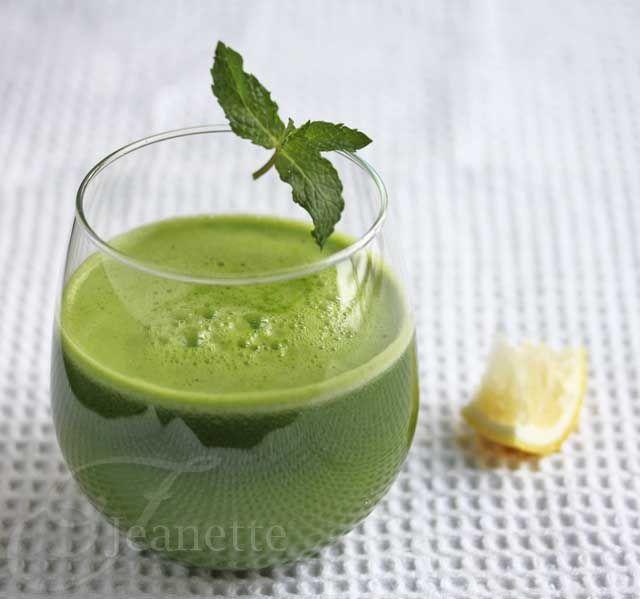 Kale Spinach Lettuce Apple Green Juice Recipe Green juices - best of blueprint cleanse pineapple apple mint