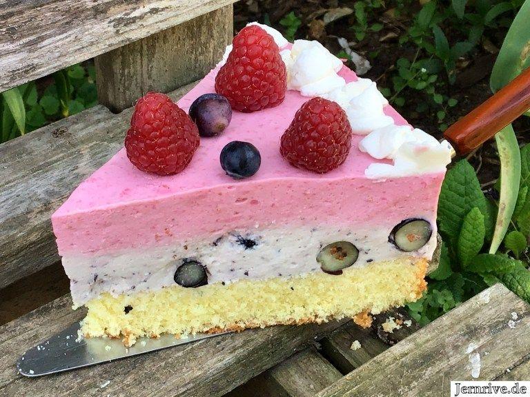 Himbeer Heidelbeer Torte Aus Meinem Kuchen Und Tortenblog Heidelbeer Torte Himbeeren Lebensmittel Essen