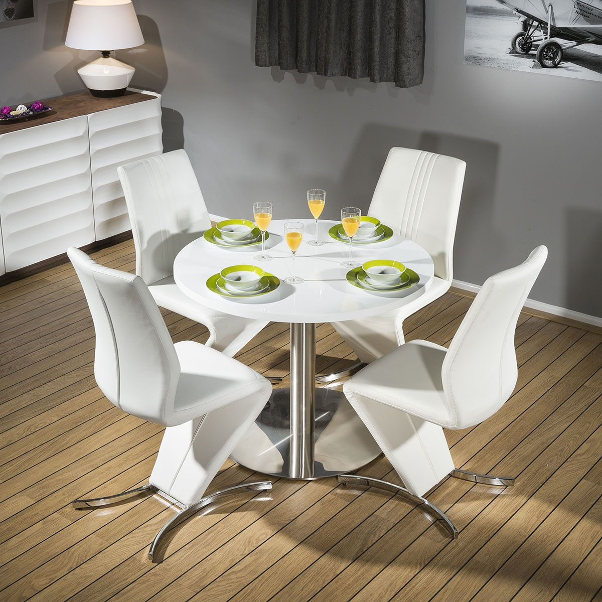 Round Dining Set White 1000mm Dia Corian Table 4 X White 3104