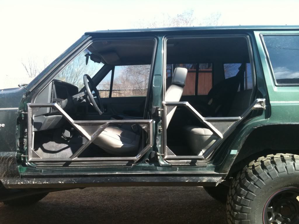 Xj Tube Doors Pirate4x4 Com 4x4 And Off Road Forum Accesorios Para Jeep Jeep Todoterreno