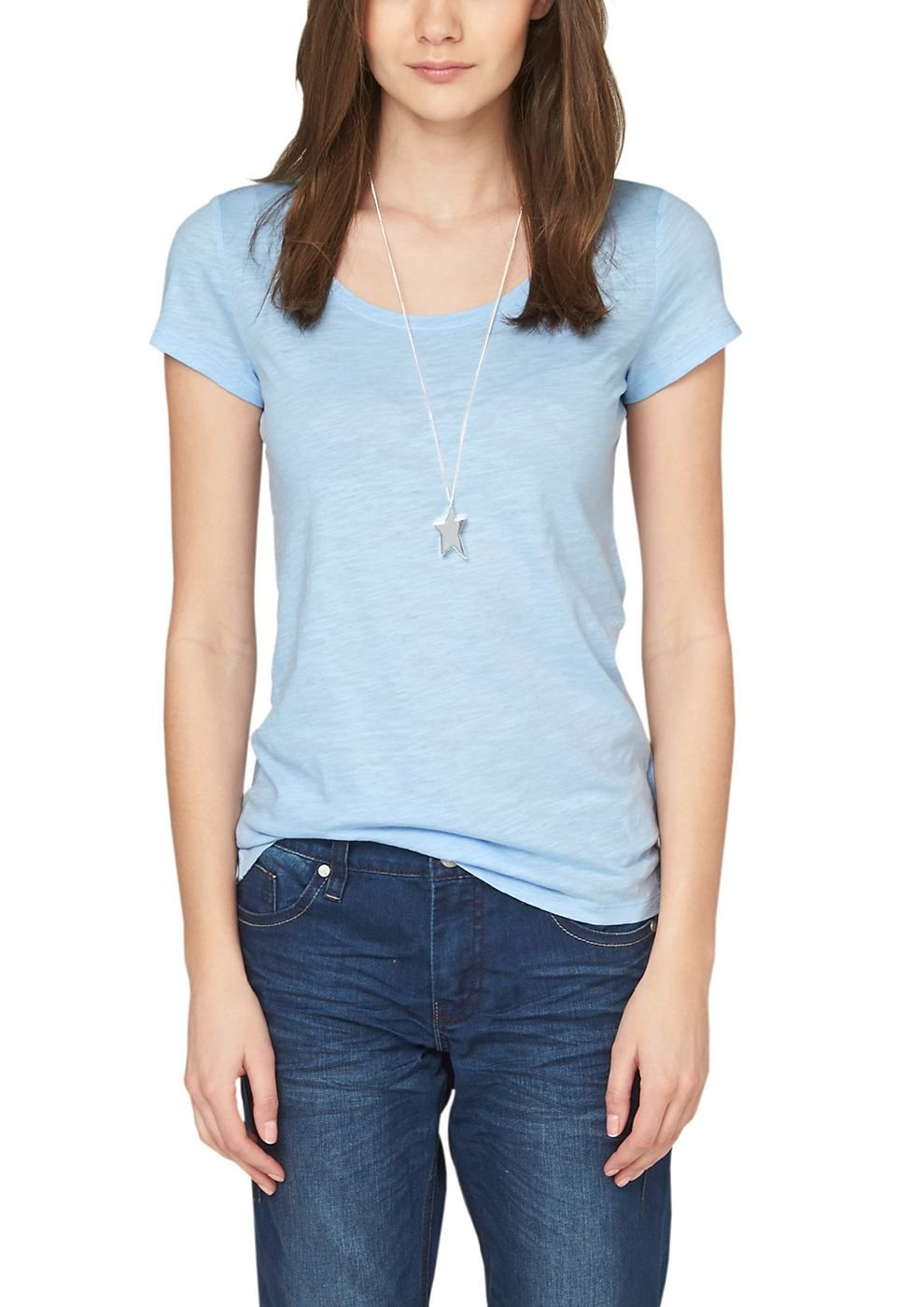 Flammgarnshirt T-Shirt in Unicolor. Mit typischer Flammgarn-Struktur. Weiter Rundhalsausschnitt mit schmaler Rippblende. Antaillierte Passform; Rückenlänge bei Größe 36 ca. 60 cm. Extra leichte, zarte Baumwoll-Qualität. Ein stylisches Shirt, das einfach zu kombinieren ist und mit seiner Flammgarn-Struktur für einen spannenden Look sorgt..  Materialzusammensetzung:Obermaterial: 100% Baumwolle,  ...
