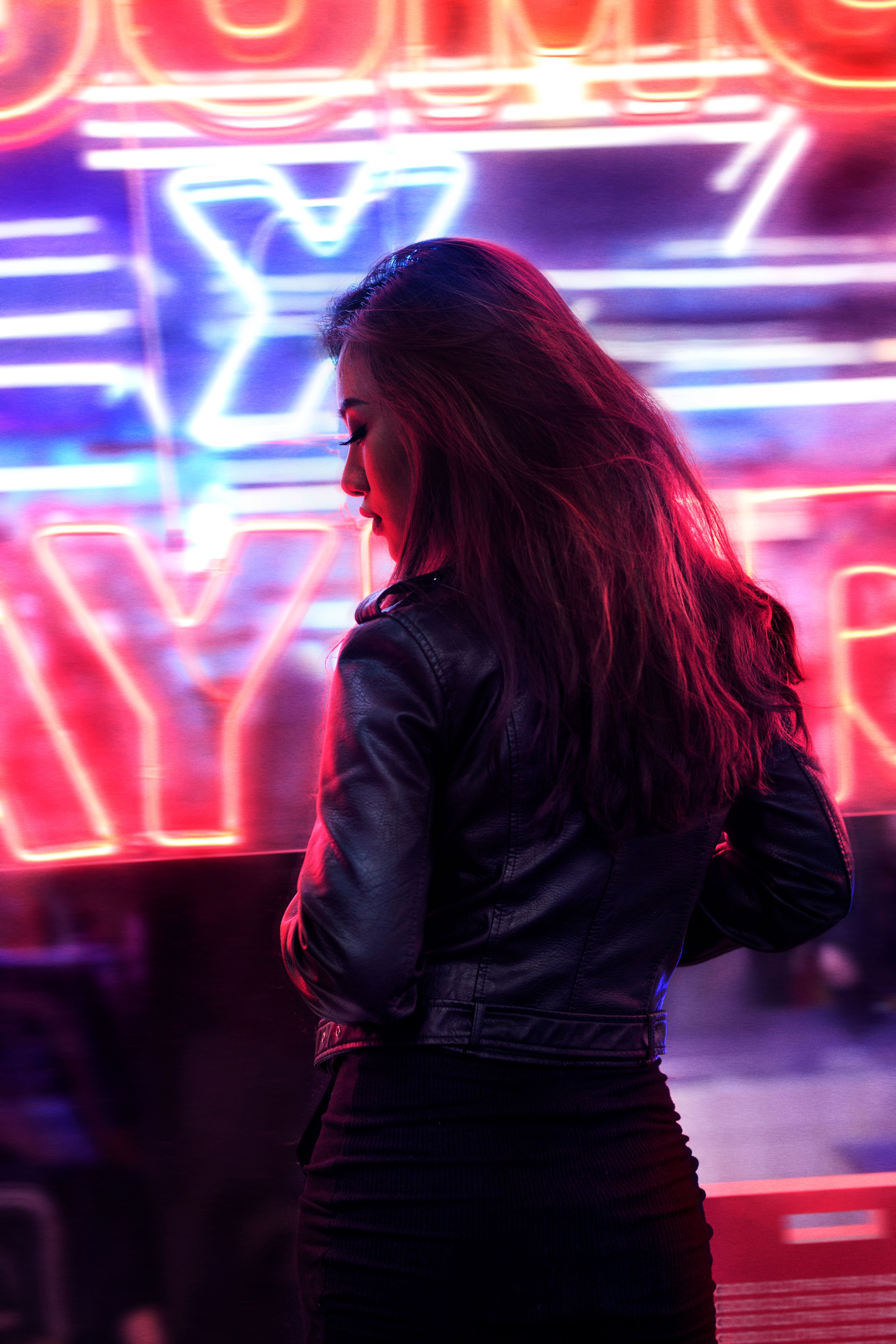 Neon Light Portrait On Behance: Pin By Mushu Costa On Pictures