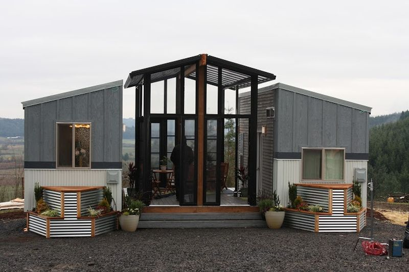 John Weisbarth And Zack Giffin Of American Television Series Tiny House Nation Has Built Ohana For A In Oregon