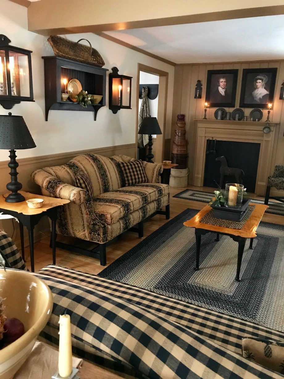 Primitive Living Room Furniture And Holiday Decor Colonial Inspiration Ideas Images Cittahomes