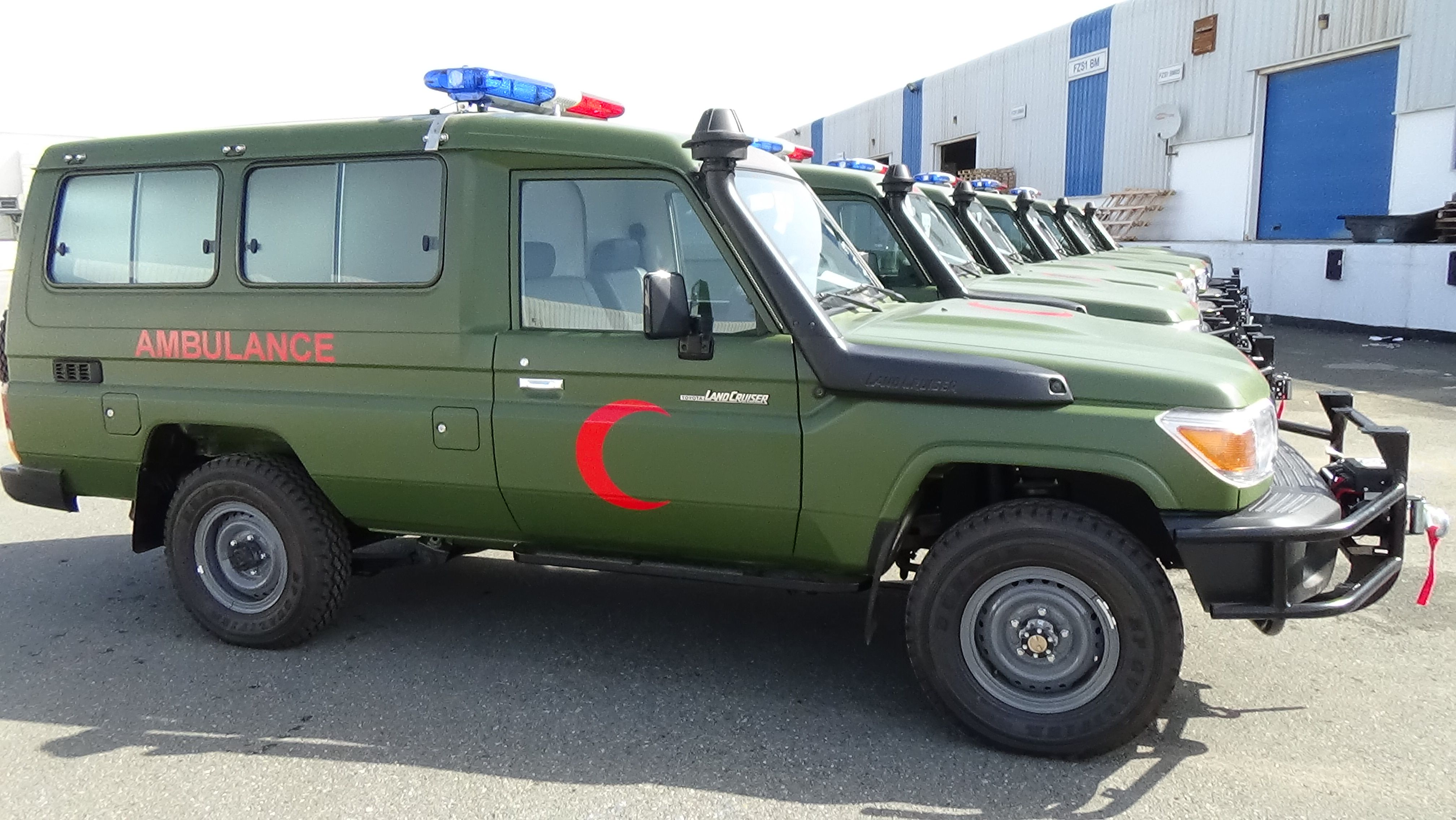 c7269b60087c2d TOYOTA LAND CRUISER AMBULANCE CONVERSION IN VLADCO FZE   VLADCO FZE 4x4  Accessories And Modification