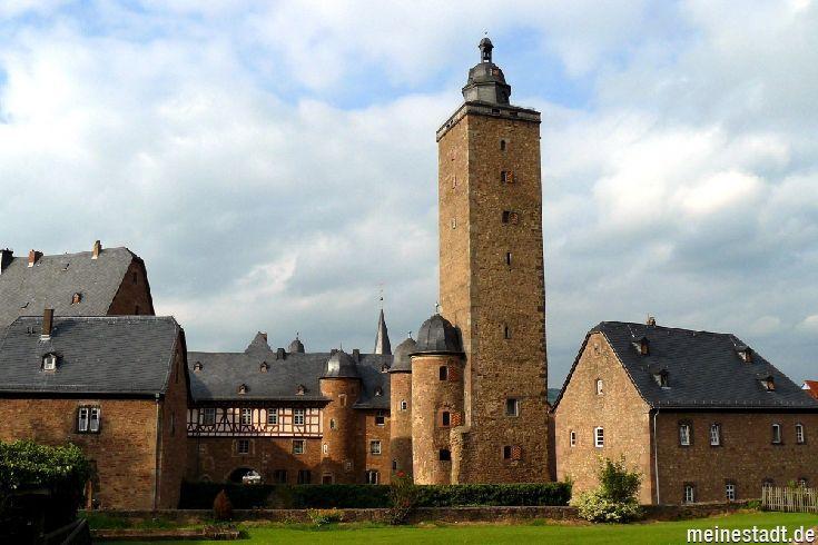 Steinau Renaissance Castle In Steinau Ad Street Steinau An Der Strasse Deutschland Burgen Schlosser Deutschland