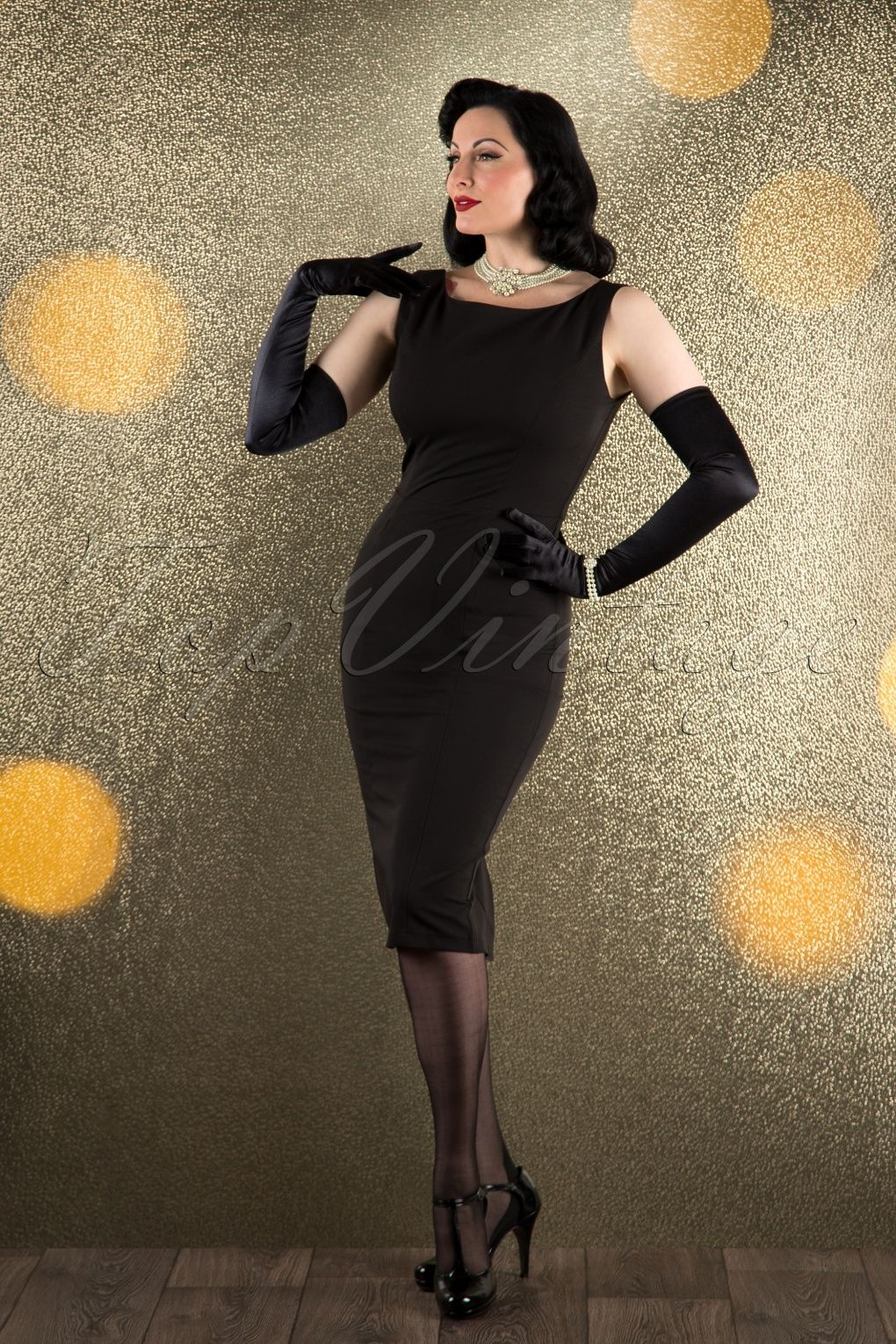 bda7c6d597c20f This 50s Hepburn Pencil Dress is a classic pencil dress inspired by the  elegant Audrey Hepburn! The possibilities are endless for dressing it up or  down to ...