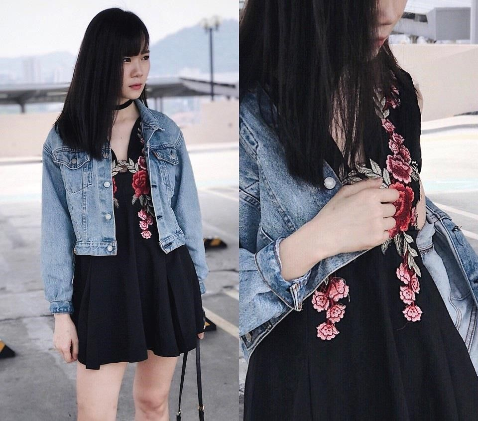 ✯ Find more chic outfits, home Wear and gold dresses, college outfits and party outfits. Another fashion style, Wear dress and white jeans => http://feedproxy.google.com/~r/AwesomeOutfitspage/~3/jjXelDLD6w4/219