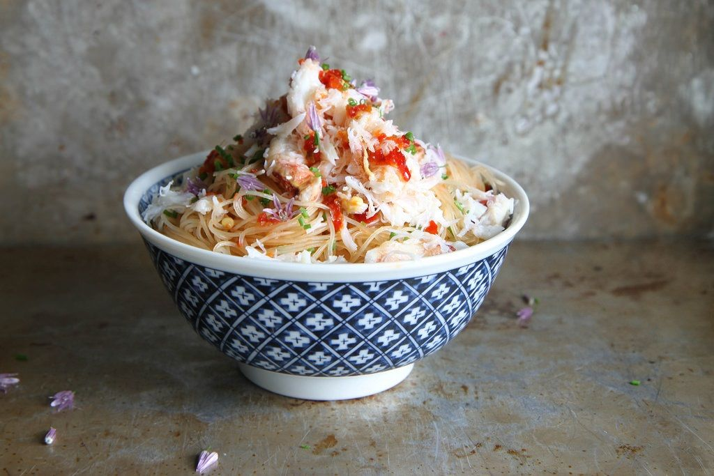 Spicy Crab and Chili Noodles