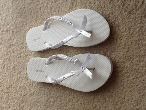 f5b30427b677 homemade ribbon flip flops