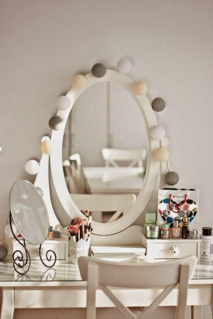 beaucoup d 39 id es d co avec la guirlande lumineuse boule d coration pinterest. Black Bedroom Furniture Sets. Home Design Ideas