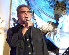 León Gieco http://www.latinosongs.com/leon-gieco/