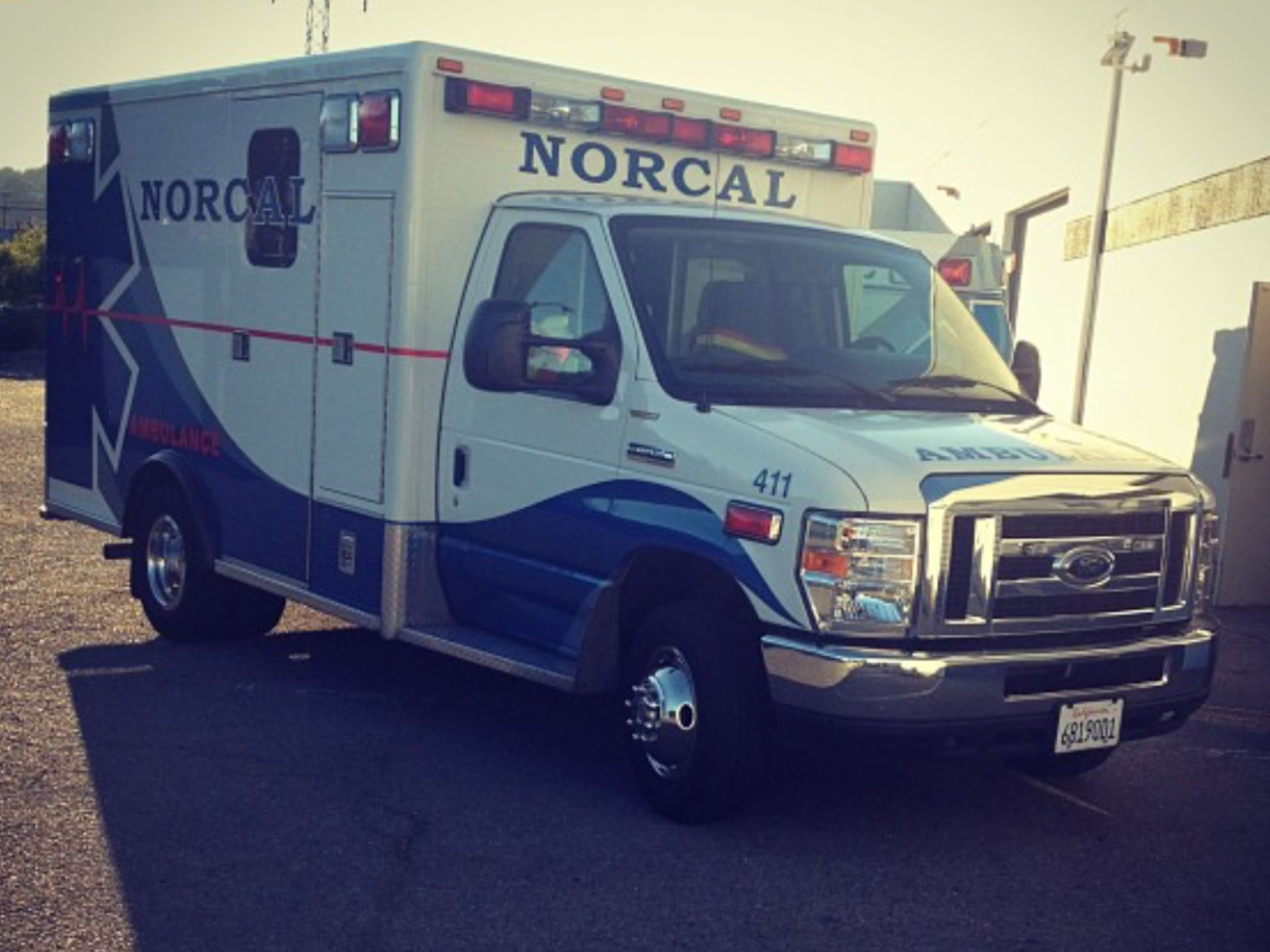 Norcal Ambulance Ford E350 Econoline Emergency Vehicles Ems Ambulance Columbus Fire Department