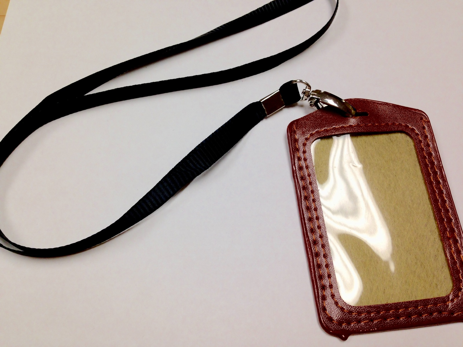 7.99$  Buy here - http://viqrv.justgood.pw/vig/item.php?t=7blrdsp23407 - Brown Necklace ID Key Chain Holder Faux Leather ID Badge USB Removable Holder 7.99$