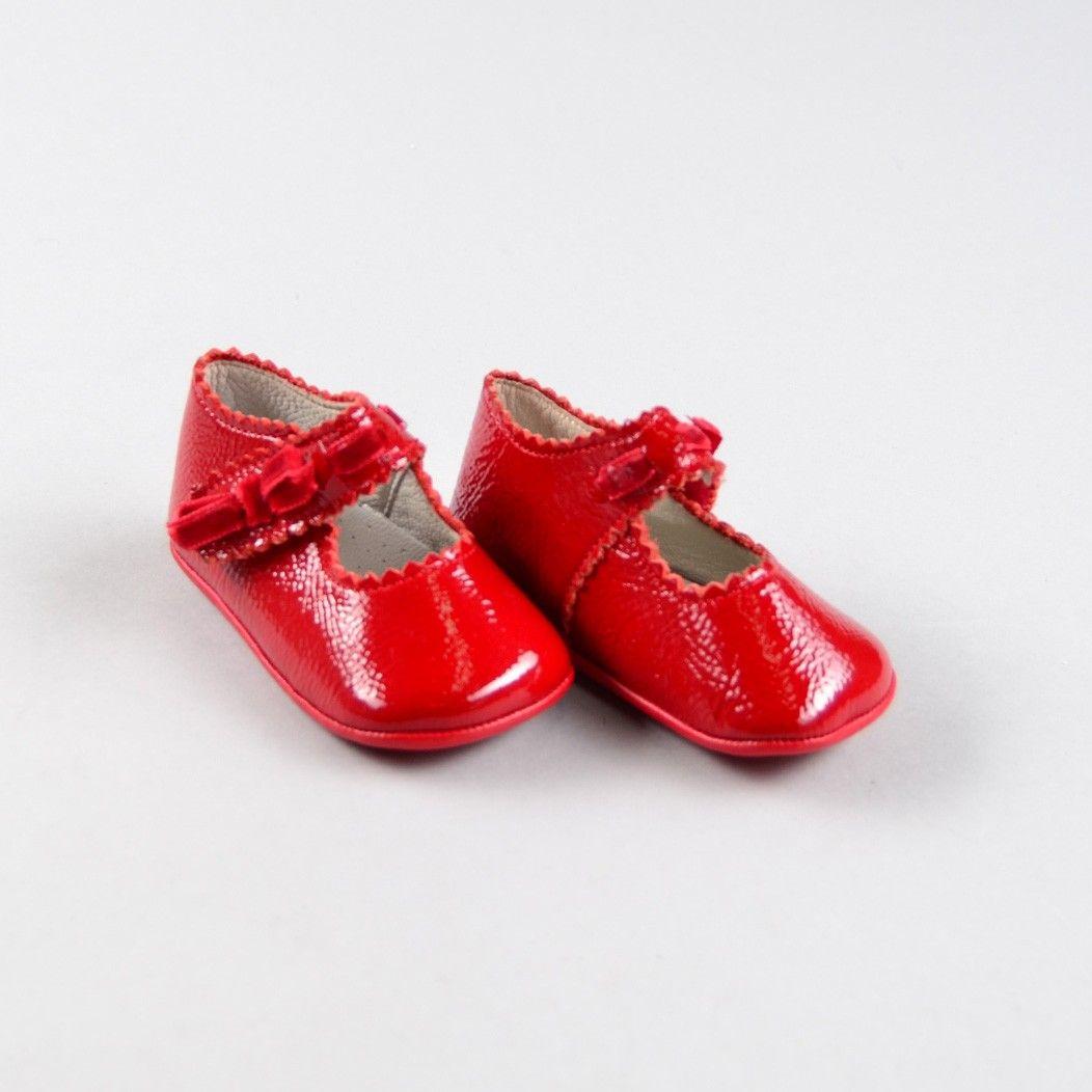 4174ed81 Zapato con lazo aterciopelado de color Rojo de marca Landos ...
