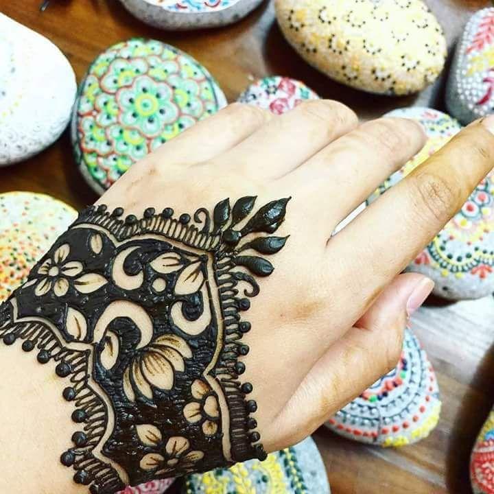 Share also stylish mehndi designs for hand  legs  craft rh pinterest
