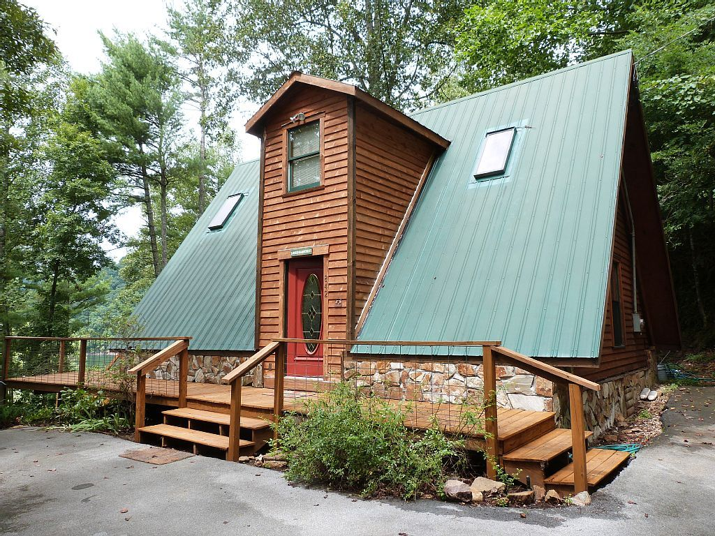 Exceptionnel A Frame Cabin Rental With Private Dock On Watauga Lake Near Johnson City,  Tennessee