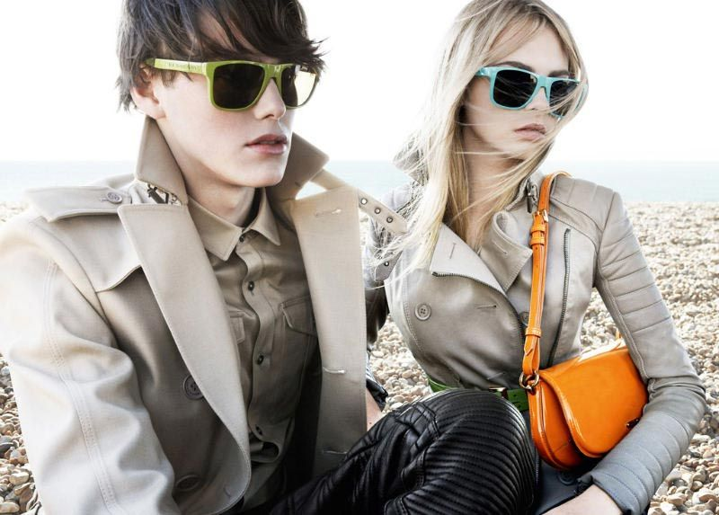 Burberry SS11 brights campaign