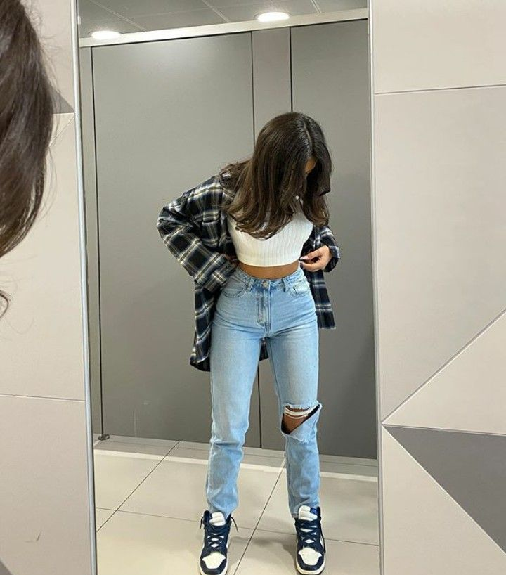 20 fall outfit inspo | flannel | nike J1S | clothe