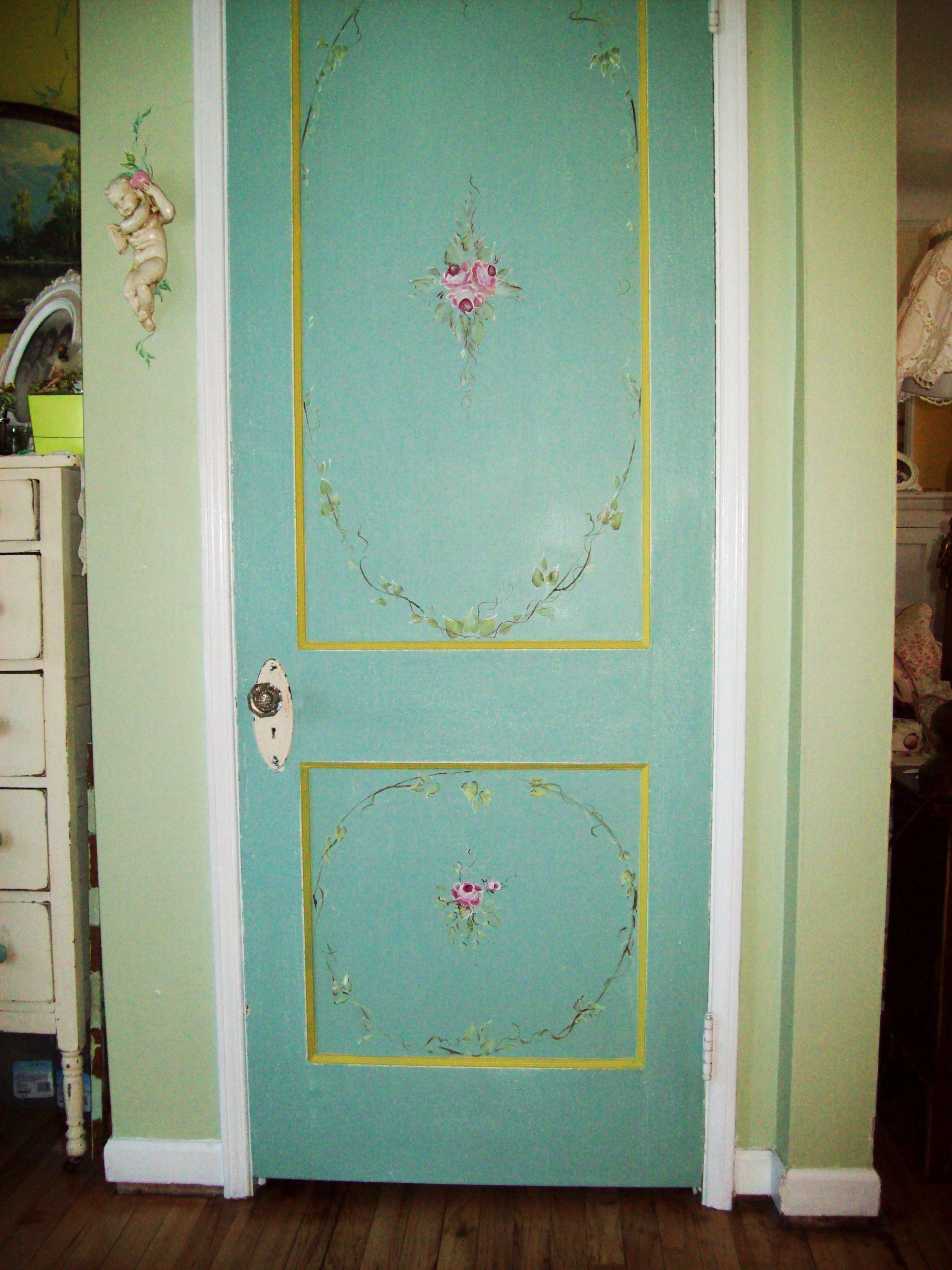 Holzvertäfelung Shabby Painted Hall Door Love This I Want To Do This To My Front Door