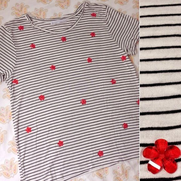 """ZARA striped tee w/ red flowers Size: S (runs a bit small) • 100% viscose • Fall/Winter 2015 collection • Cute flower """"crystal beads"""" add something extra to a plain striped tee. Only worn once! Zara Tops Tees - Short Sleeve"""