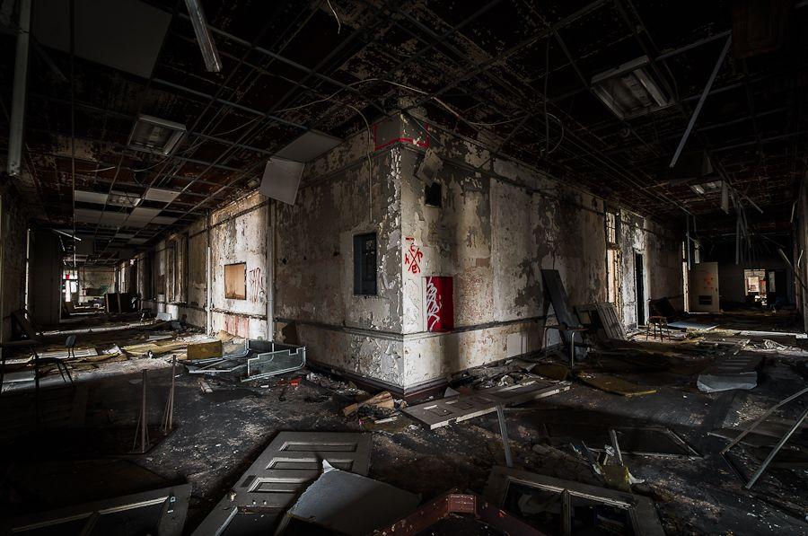 Abandoned Edison School Philadelphia