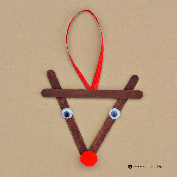 Popsicle stick reindeer kid christmas ornament family for Christmas projects with popsicle sticks