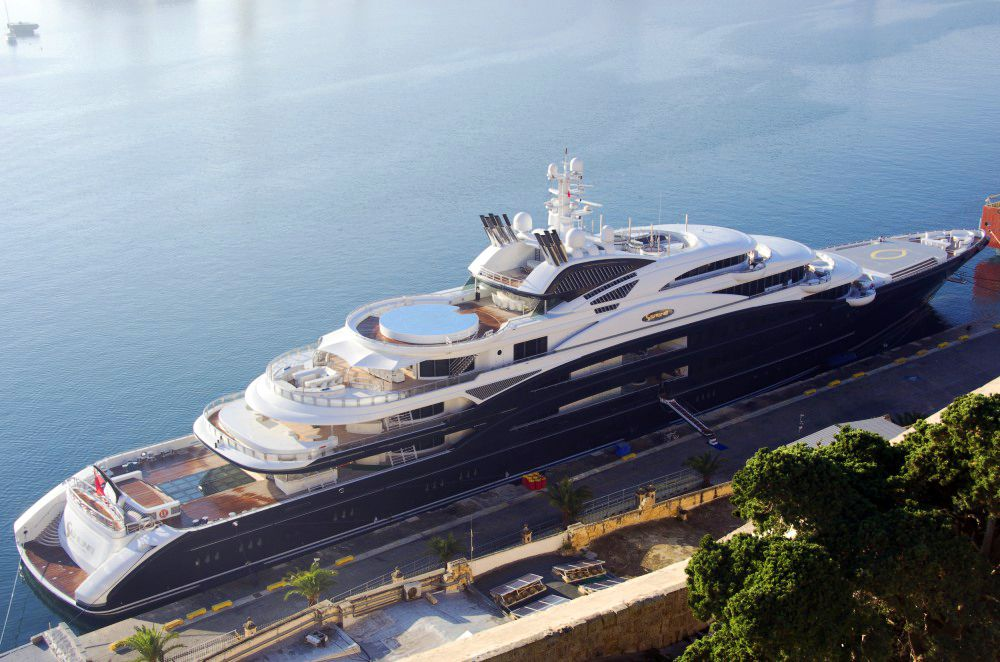 The Incredible 450 Serene In Malta Yacht Design Boats Luxury