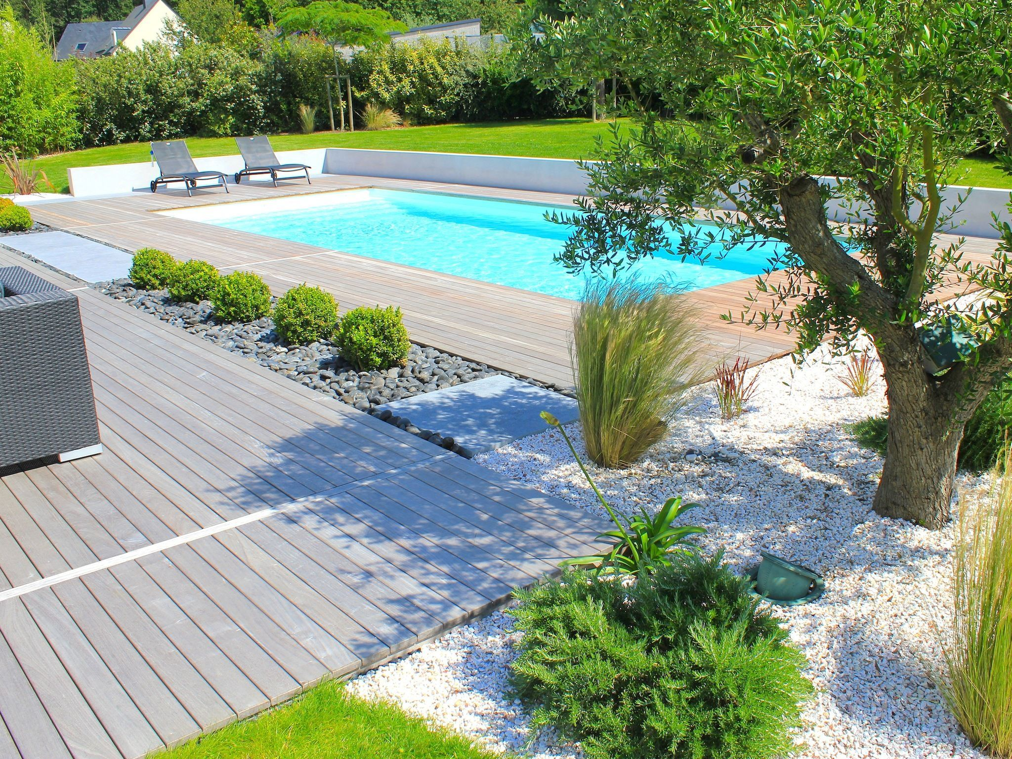 La piscine paysag e par l 39 esprit piscine 9 5 x 4 m - Amenagement autour piscine photos ...