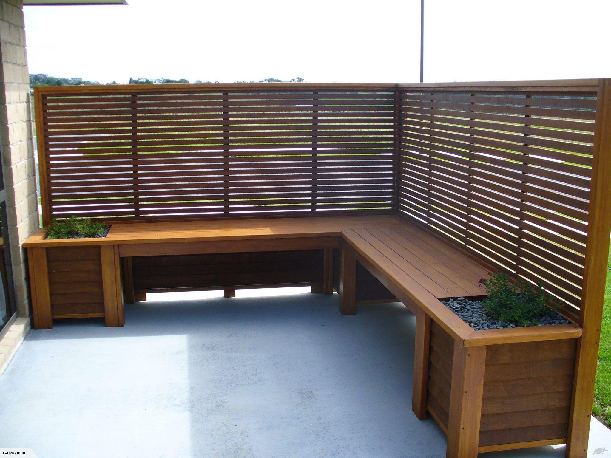 Corner Outdoor Bench Planters With Trellis Screen Trade Me Backyard Patio Designs Outdoor Bench Planter Trellis