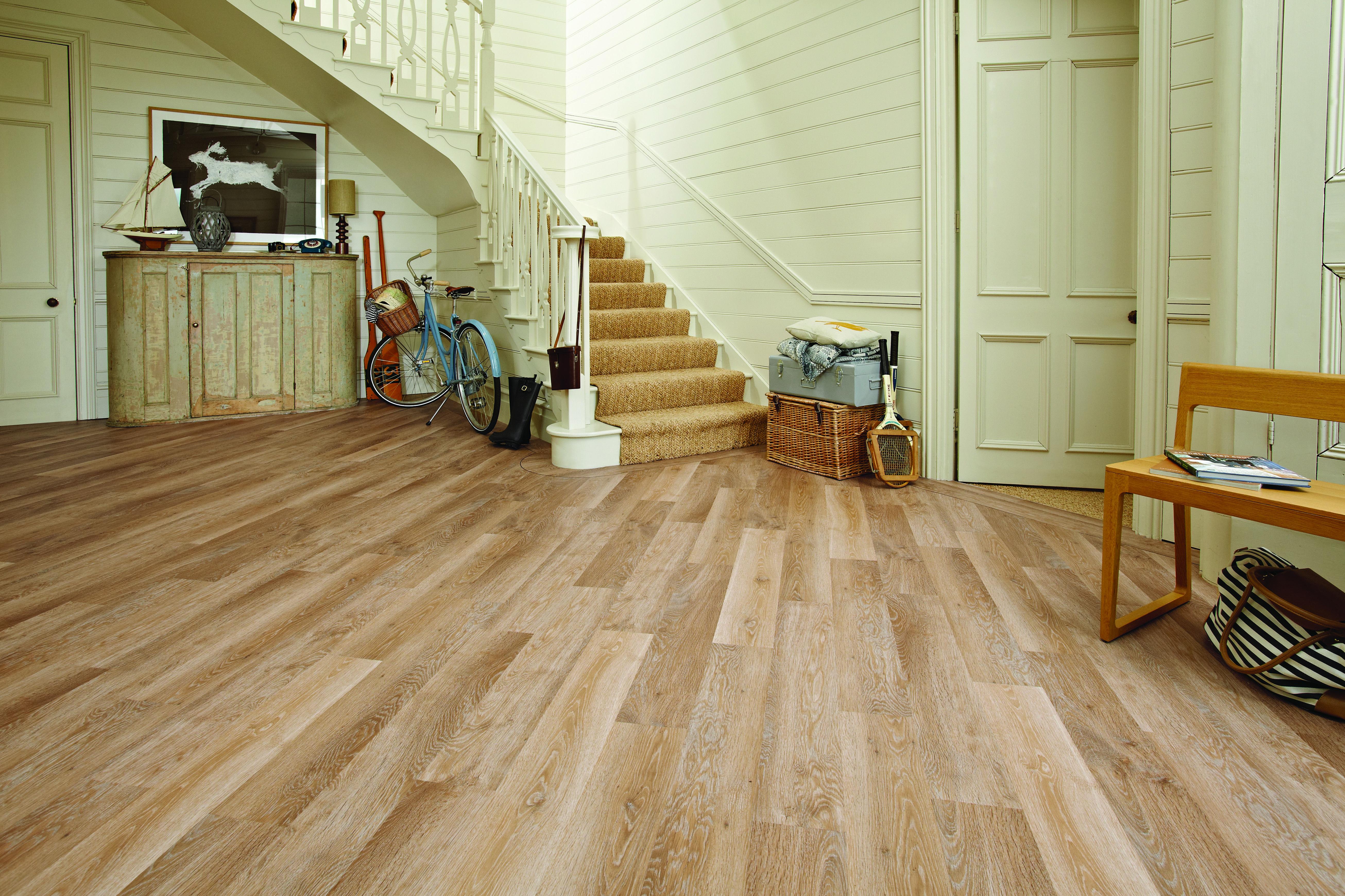 Karndean Knight Tile Range Kp94 Pale Limed Oak Karndean Flooring Karndean Knight Tile Vinyl Flooring