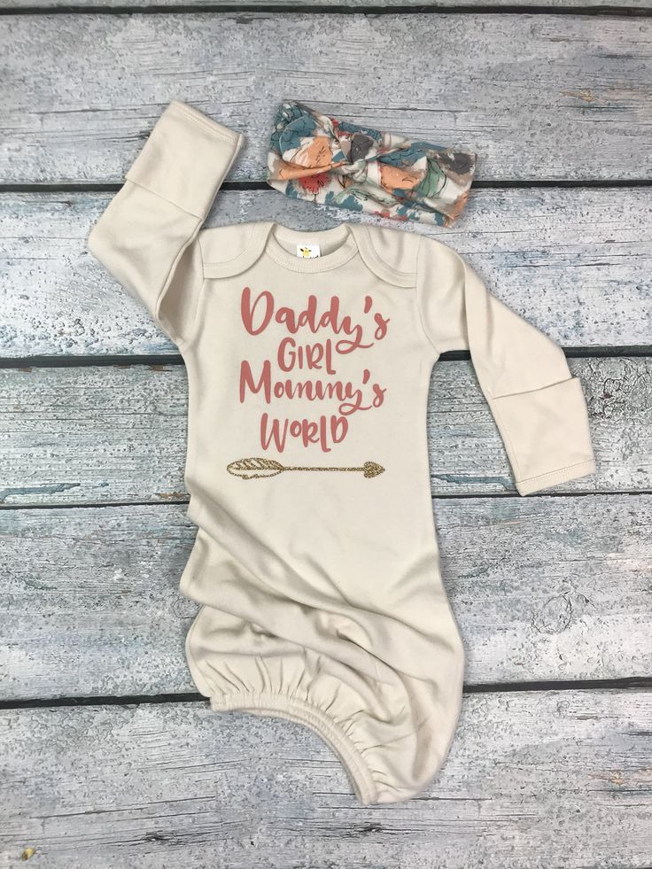 6ddda583633f baby girl coming home outfit  Daddy s girl Mommy s world newborn ...