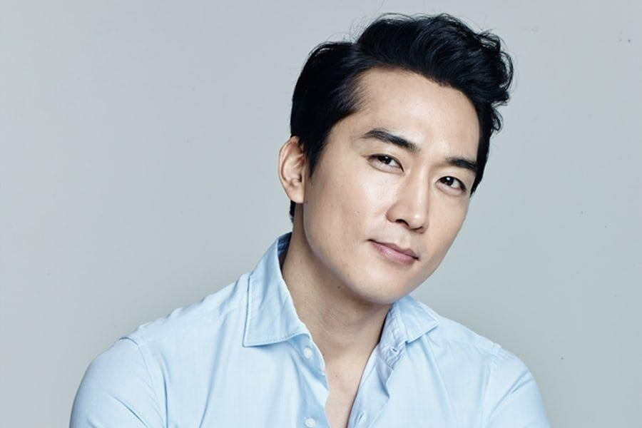 """Song Seung Heon In Talks To Lead 4th Season Of """"Voice"""""""