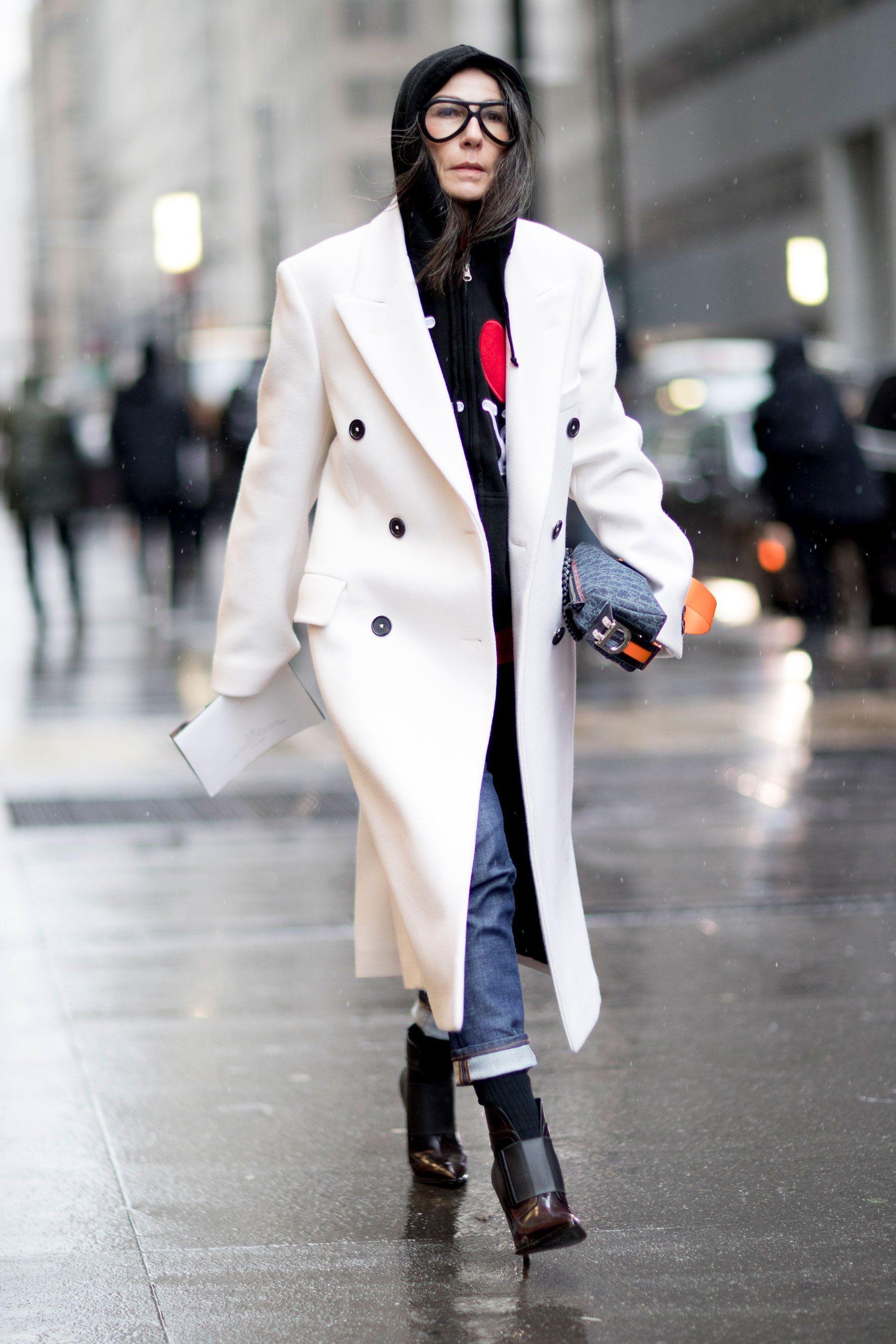 Manteau blanc a capuche femme
