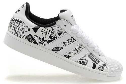 6f302d3254d FR0bI) Adidas Superstar 2 Graffiti Chaussure Tennis Femme Blanc Noir ...