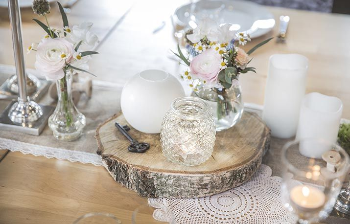 rondin centr mariage pinterest rondin fleurs. Black Bedroom Furniture Sets. Home Design Ideas
