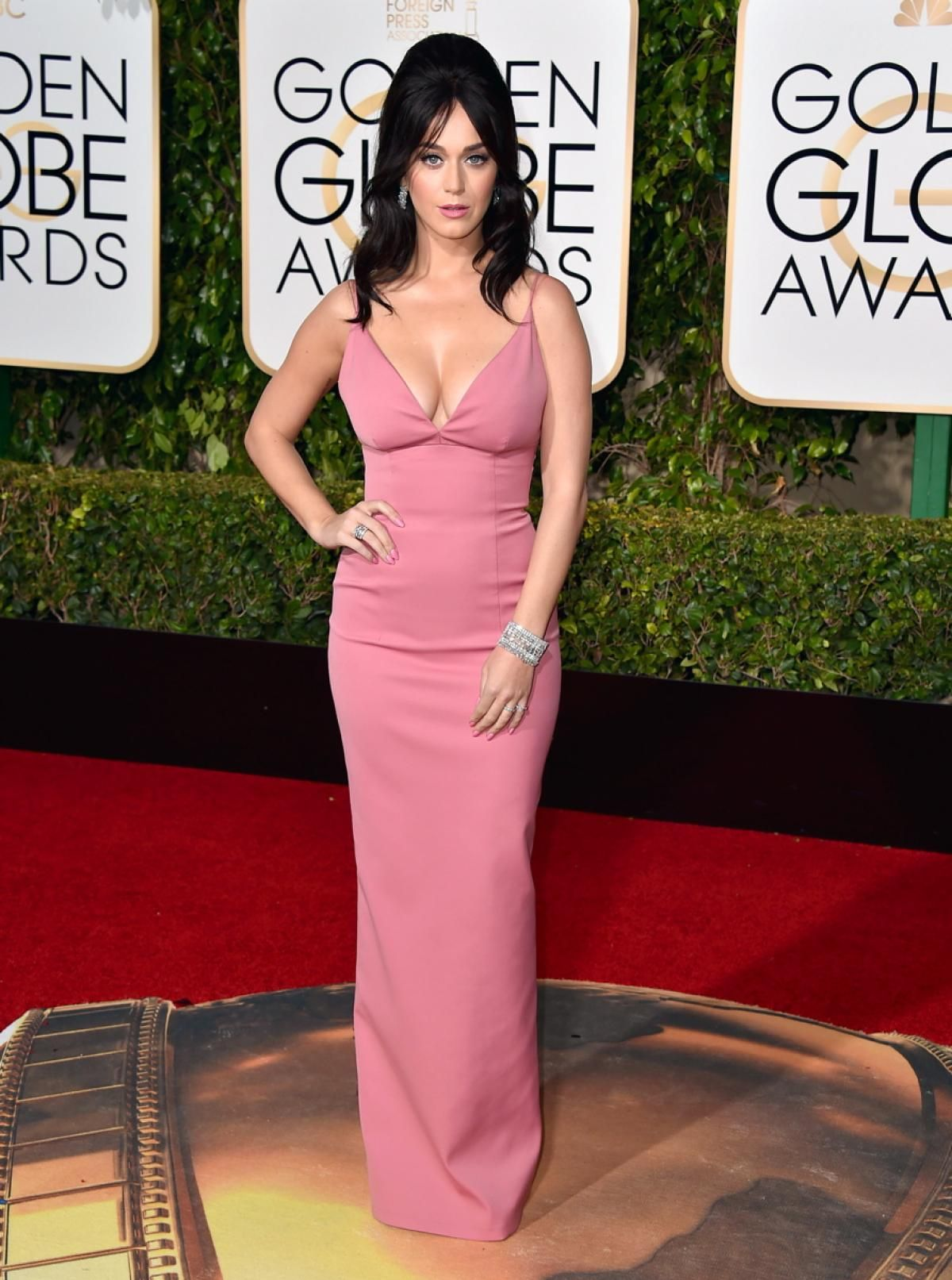 Katy Perry - Photos - Golden Globes 2016: Best and worst red carpet ...
