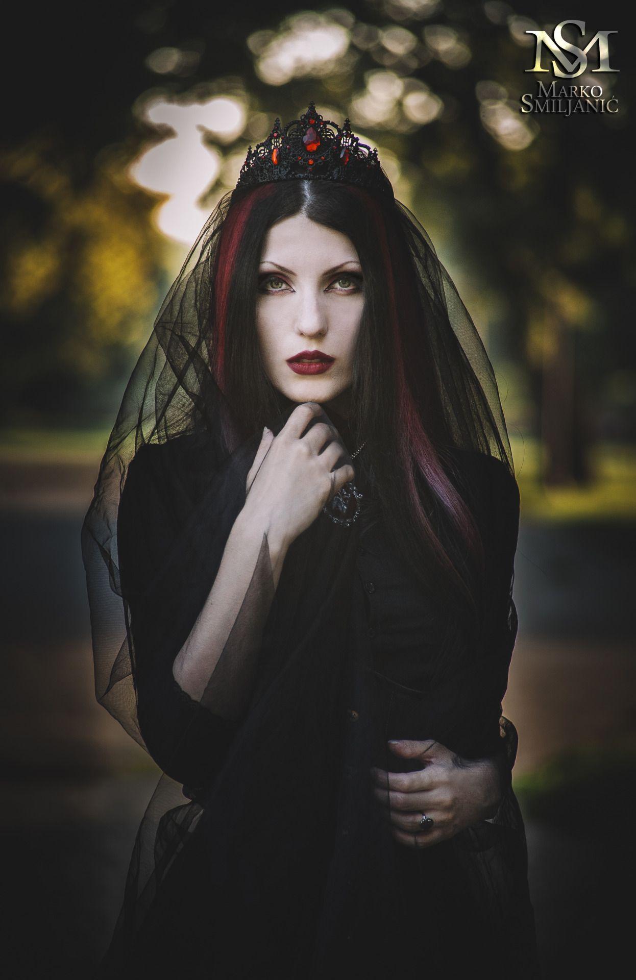 Model  Tamara Simic Corset And Shirt  Villena Viscaria