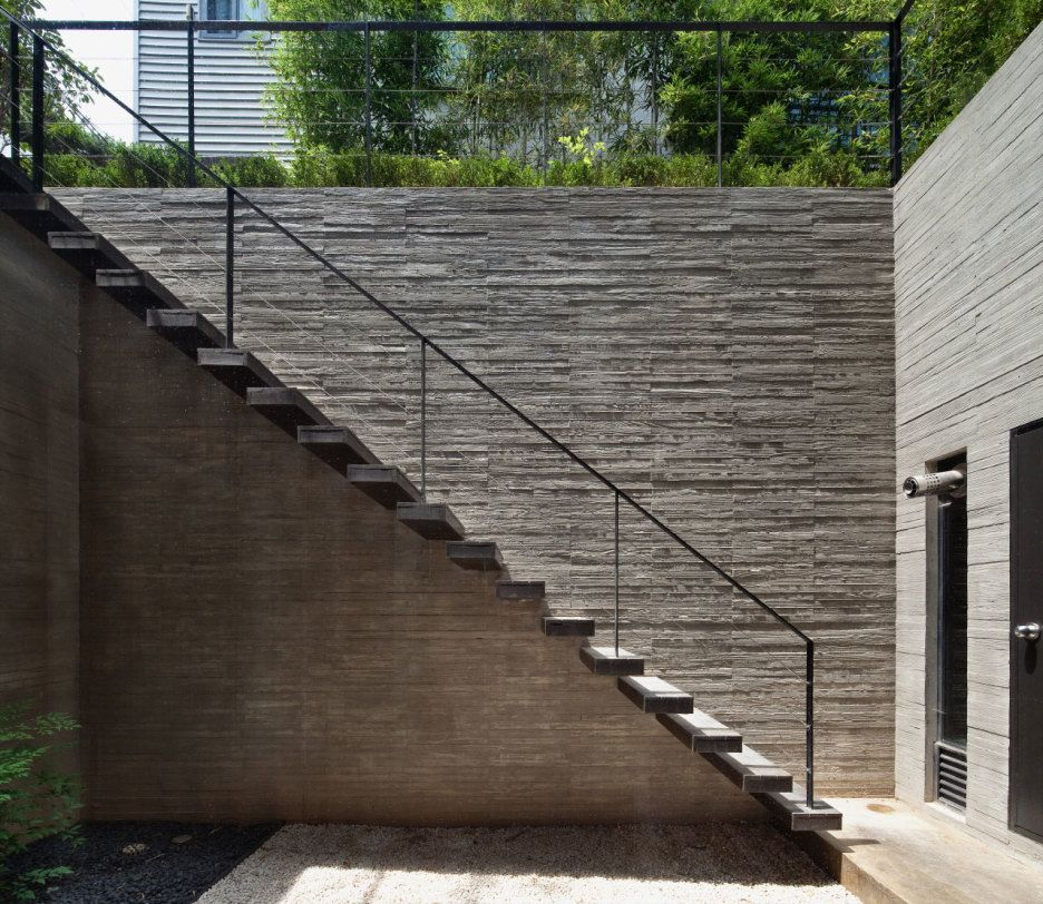 Outdoor Wood Stairs Design