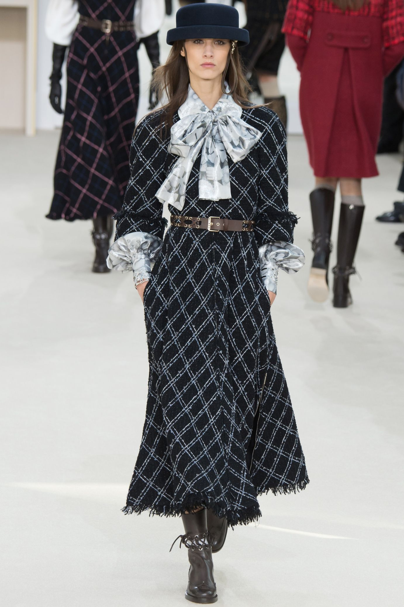 Défilé Chanel Automne-Hiver 2016-2017 25
