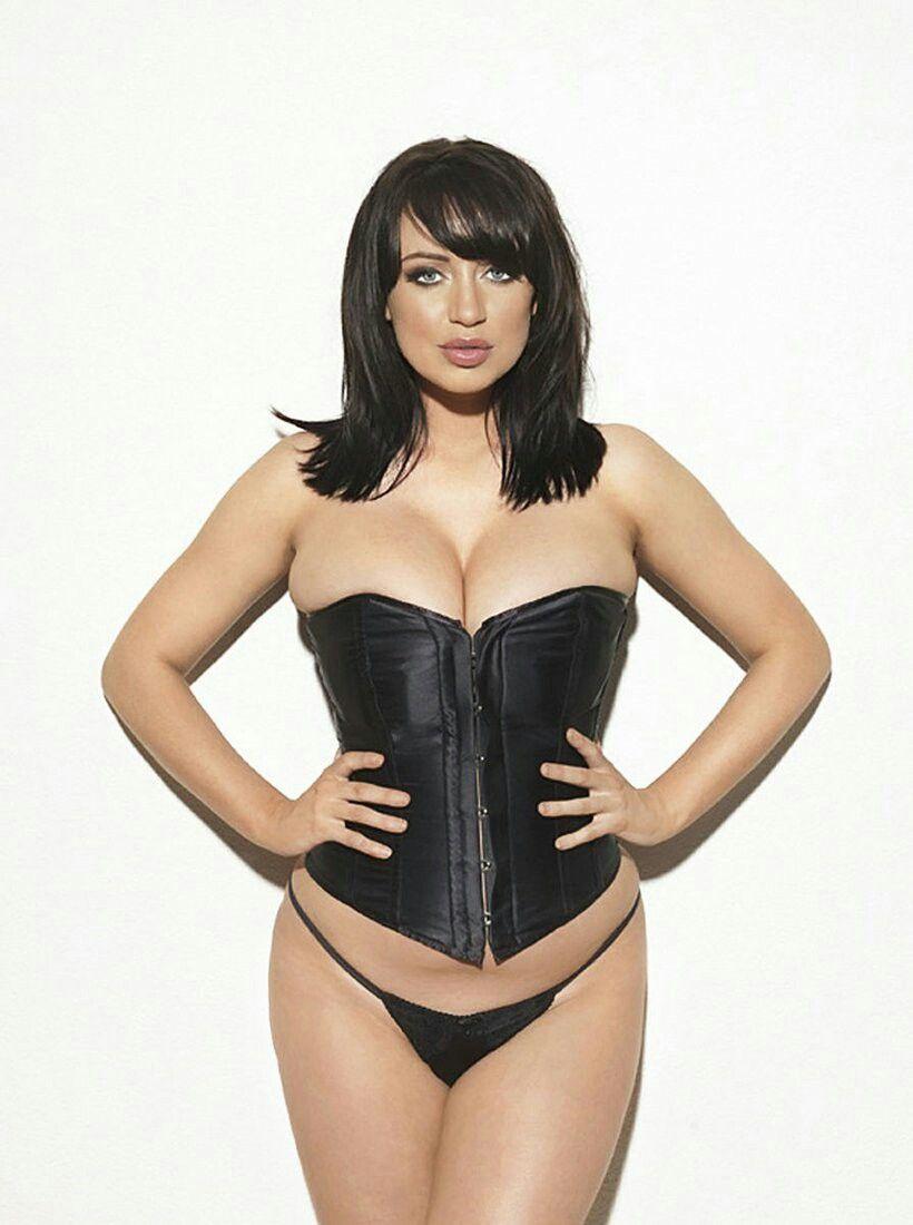 One boob tgp